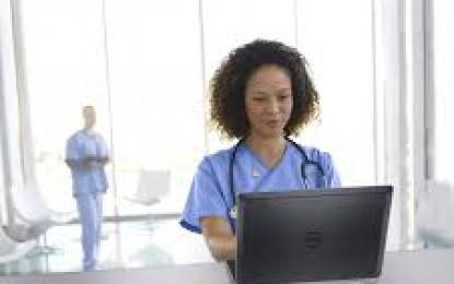 Google prueba nueva función que permite chatear con doctores